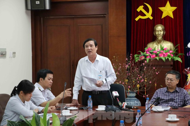 Chống virus corona: Giám sát chặt khách quốc tế tại sân bay Tân Sơn Nhất  - ảnh 1