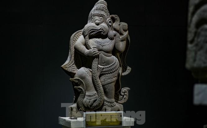 Chiêm ngưỡng vẻ đẹp phù điêu nữ thần Sarasvati vừa được công nhận bảo vật quốc gia - ảnh 7