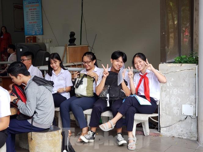 Thí sinh Đà Nẵng tranh thủ ôn tập trước giờ G - ảnh 4