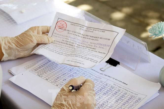 'Siêu thị di động' đến tận nhà giúp người khó ở Đà Nẵng - ảnh 5