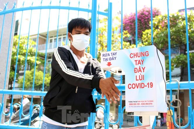 'Siêu thị di động' đến tận nhà giúp người khó ở Đà Nẵng - ảnh 2