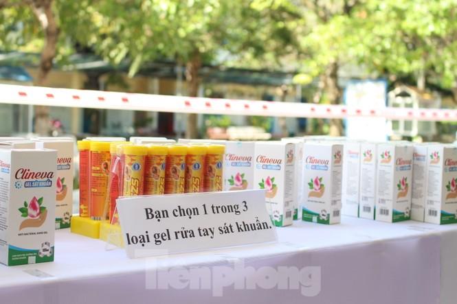 'Siêu thị di động' đến tận nhà giúp người khó ở Đà Nẵng - ảnh 9