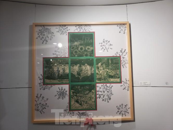 Triển lãm 120 tác phẩm Đà Nẵng trên tuyến đầu chống dịch - ảnh 4