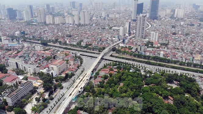 Hình hài đường sắt Nhổn - Ga Hà Nội sau 2 năm chậm tiến độ - ảnh 9