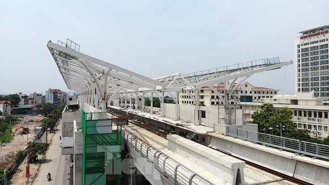 Hình hài đường sắt Nhổn - Ga Hà Nội sau 2 năm chậm tiến độ - ảnh 11
