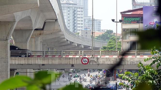 Hình hài đường sắt Nhổn - Ga Hà Nội sau 2 năm chậm tiến độ - ảnh 13