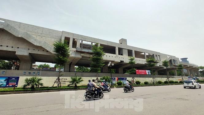 Hình hài đường sắt Nhổn - Ga Hà Nội sau 2 năm chậm tiến độ - ảnh 15