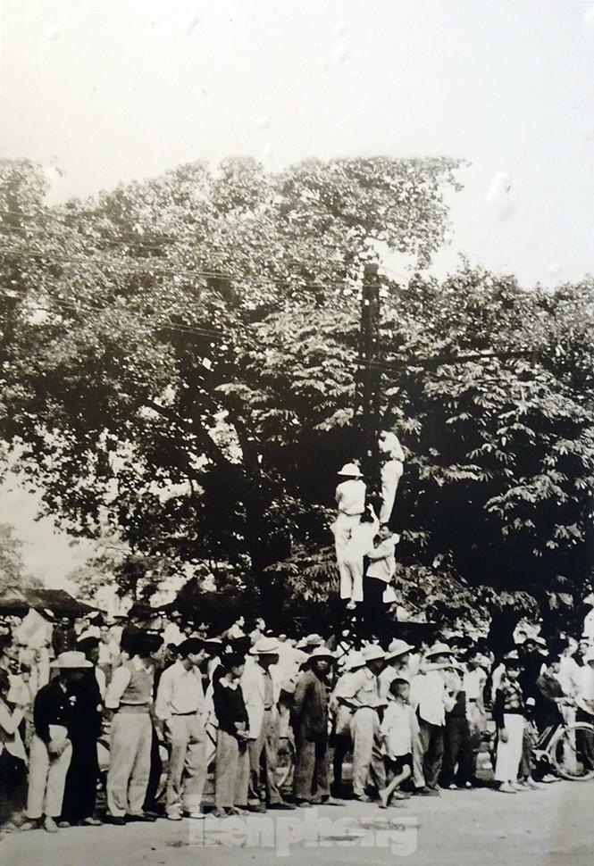 65 năm giải phóng Thủ đô - Hà Nội có một 'mùa thu năm ấy' - ảnh 12