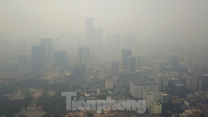 Hà Nội lại chìm trong ô nhiễm, khuyến cáo người dân hạn chế ra đường - ảnh 3