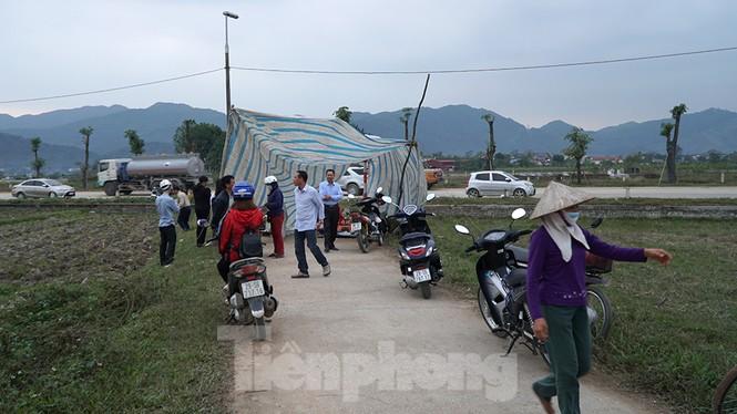 Hình ảnh người dân Nam Sơn tháo lều bạt sau đối thoại với chính quyền - ảnh 5