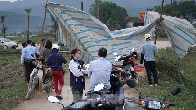 Hình ảnh người dân Nam Sơn tháo lều bạt sau đối thoại với chính quyền - ảnh 8
