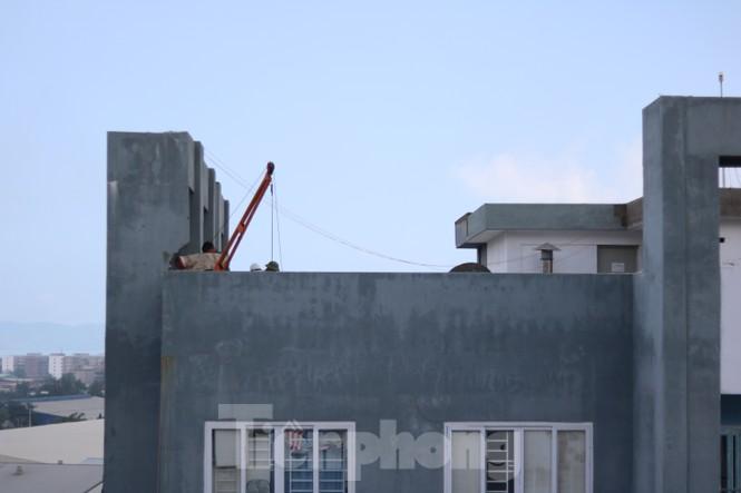 Chung cư dành cho công nhân vừa sử dụng đã xuống cấp - ảnh 9