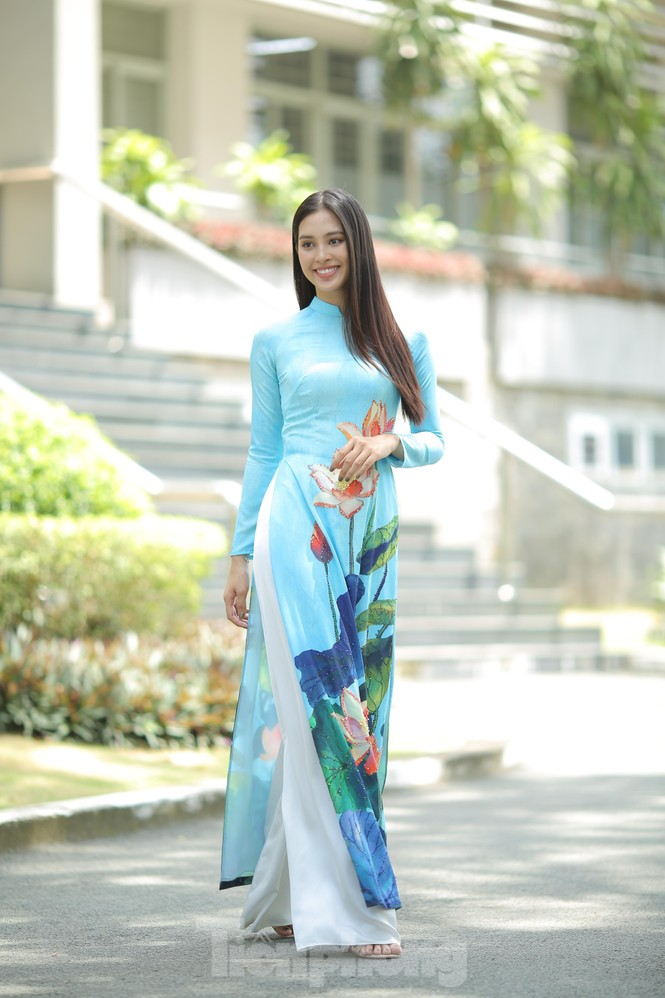 Hoa hậu Tiểu Vy làm Đại sứ Sinh viên Trường ĐH Sư phạm Kỹ thuật TPHCM - ảnh 7