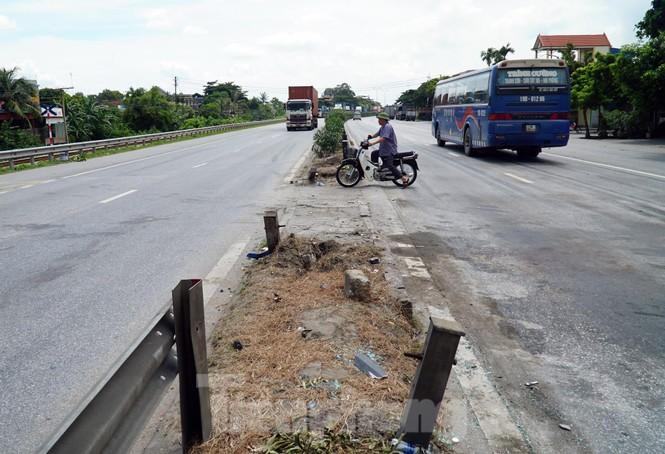 Quốc lộ 5 ùn tắc 10km sau ba vụ tai nạn khiến bảy người chết - ảnh 7