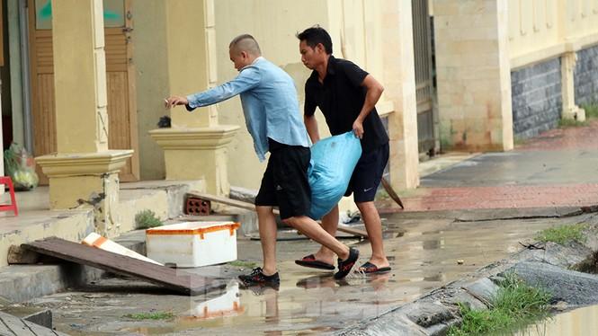 Bão số 3 suy yếu thành áp thấp, TP Móng Cái và nhiều địa phương nguy cơ ngập - ảnh 23