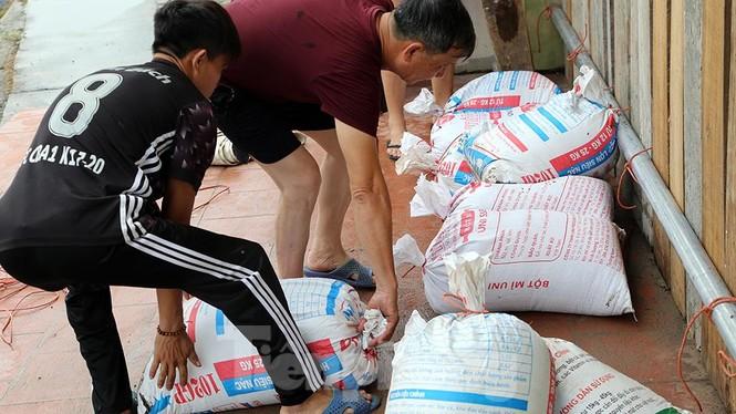 Bão số 3 suy yếu thành áp thấp, TP Móng Cái và nhiều địa phương nguy cơ ngập - ảnh 24