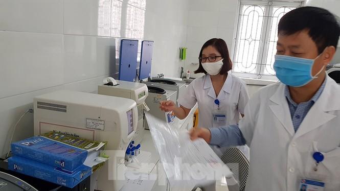 26 thiết bị y tế trị giá hơn 37 tỷ đồng 'đắp chiếu' ở Hải Dương - ảnh 3