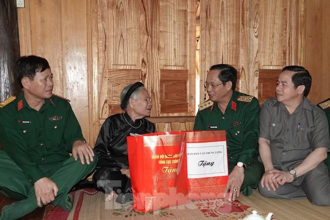 Quân đội tri ân tại chiến khu Tân Trào - ảnh 3