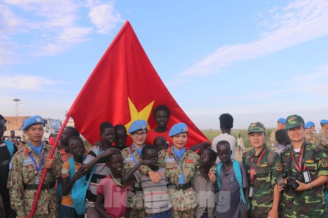 Sứ giả hoà bình Việt Nam thực hiện lời thề Hippocrates ở Nam Sudan - ảnh 9