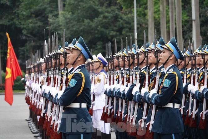 Bộ đội Cụ Hồ - biểu hiện cao đẹp của tư tưởng Hồ Chí Minh - ảnh 5