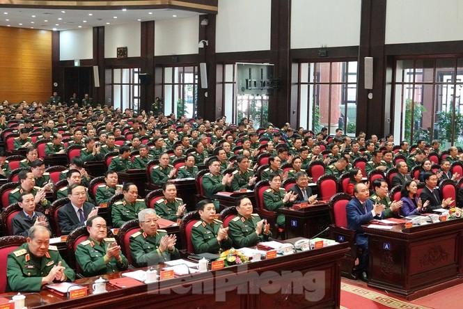 Thủ tướng Nguyễn Xuân Phúc dự Hội nghị Quân chính toàn quân - ảnh 1