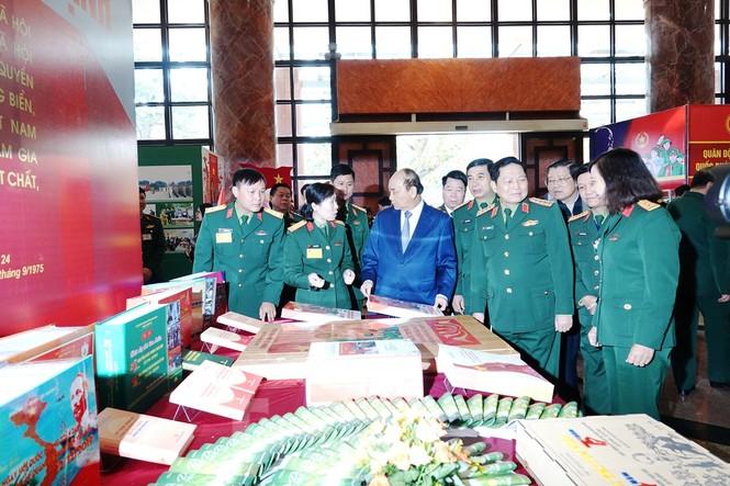 Thủ tướng Nguyễn Xuân Phúc dự Hội nghị Quân chính toàn quân - ảnh 3