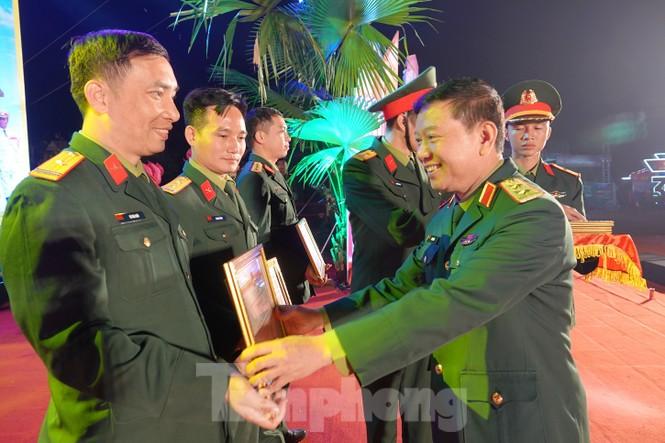 Sôi động đêm lửa trại của tuổi trẻ ở ATK Định Hóa - ảnh 2