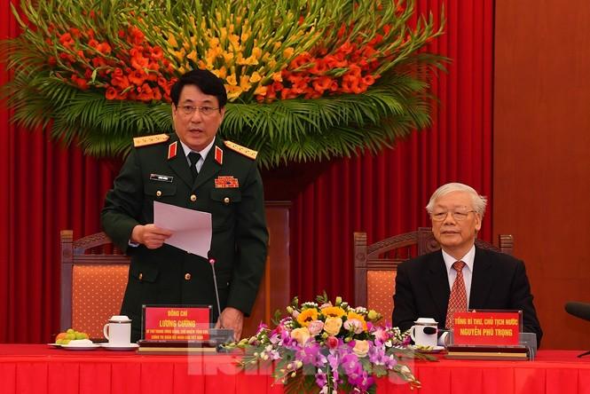 Tổng Bí thư, Chủ tịch nước gặp mặt điển hình xây dựng nền quốc phòng toàn dân - ảnh 3
