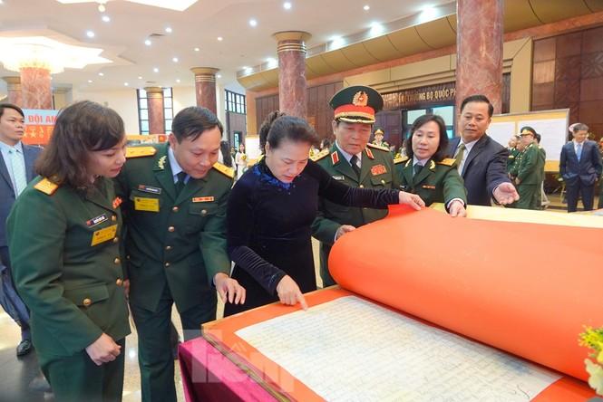 Tặng Huân chương Quân công hạng Nhất cho Quân đội nhân dân Việt Nam  - ảnh 4