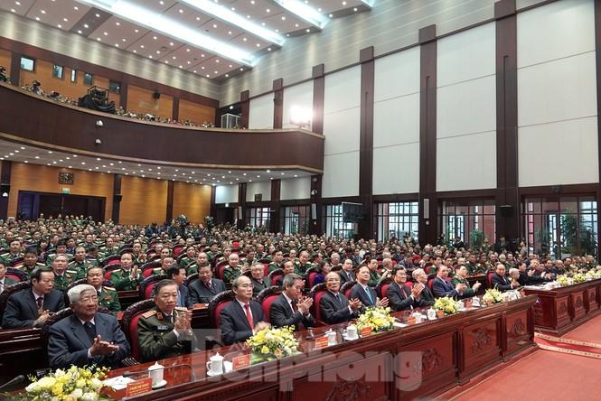 Tặng Huân chương Quân công hạng Nhất cho Quân đội nhân dân Việt Nam  - ảnh 2