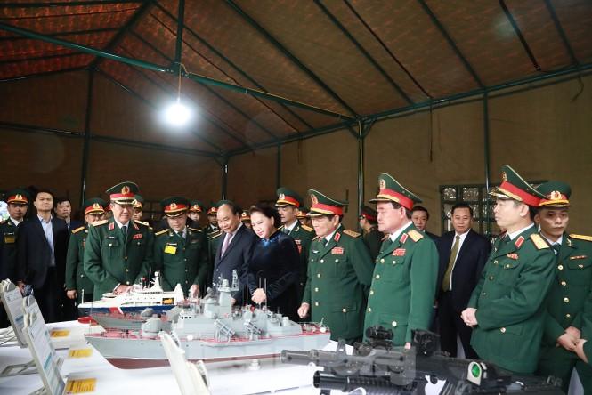 Tặng Huân chương Quân công hạng Nhất cho Quân đội nhân dân Việt Nam  - ảnh 3