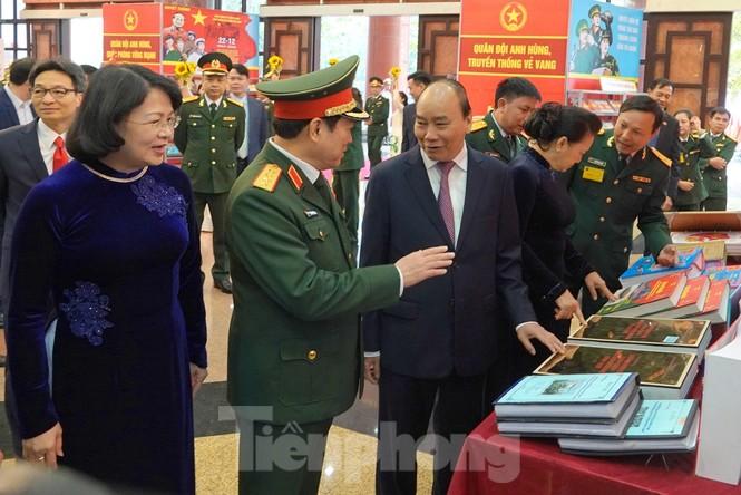 Thủ tướng yêu cầu xây dựng Quân đội có sức chiến đấu cao - ảnh 3