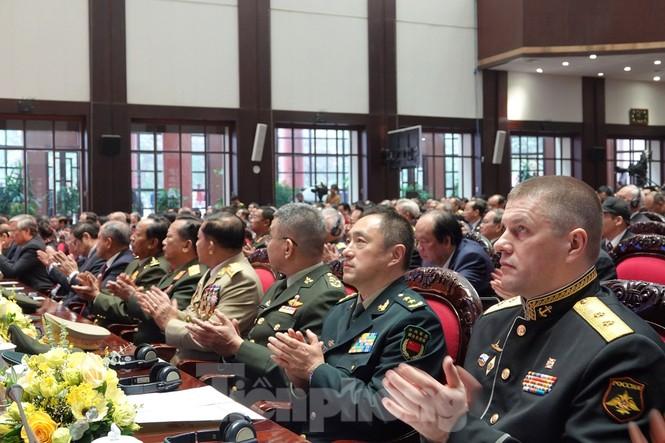 Thủ tướng yêu cầu xây dựng Quân đội có sức chiến đấu cao - ảnh 5