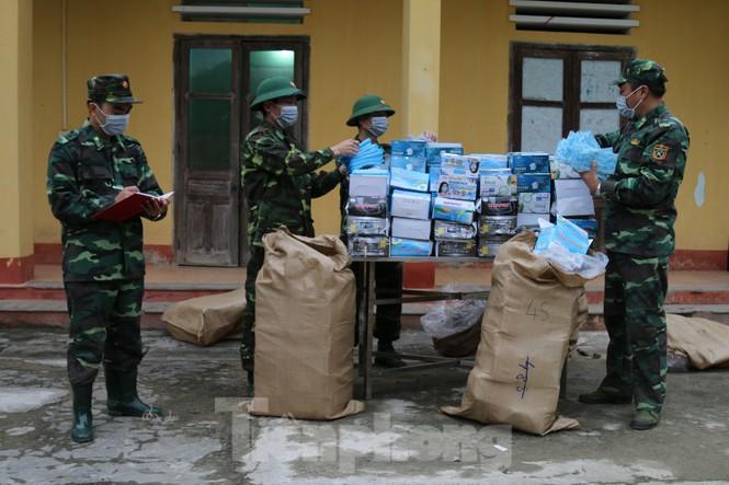 Biên phòng xứ Lạng lập nhiều chiến công mùa COVID-19  - ảnh 6