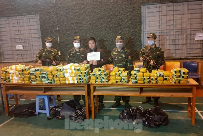 Biên phòng xứ Lạng lập nhiều chiến công mùa COVID-19  - ảnh 4