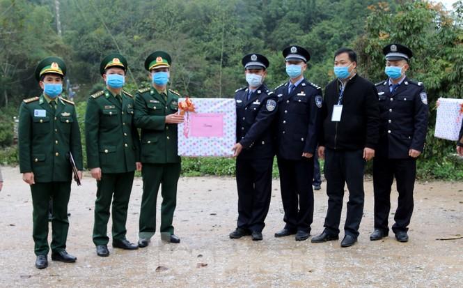 Biên phòng xứ Lạng lập nhiều chiến công mùa COVID-19  - ảnh 3