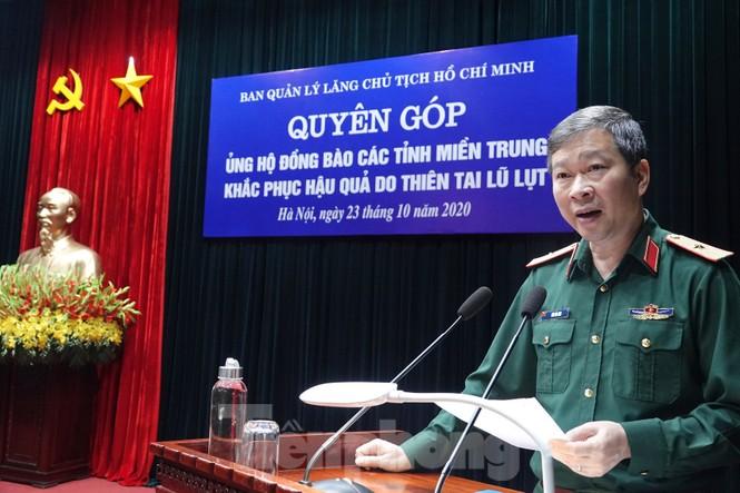 Ban Quản lý Lăng Bác và Báo QĐND phát động ủng hộ đồng bào miền Trung - ảnh 2