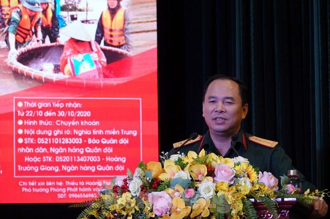 Ban Quản lý Lăng Bác và Báo QĐND phát động ủng hộ đồng bào miền Trung - ảnh 4