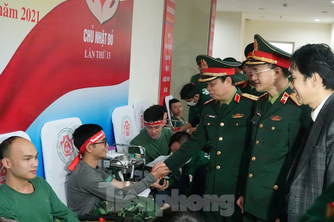 Sĩ quan quân đội tương lai hưởng ứng Chủ nhật Đỏ lần thứ XIII - ảnh 8