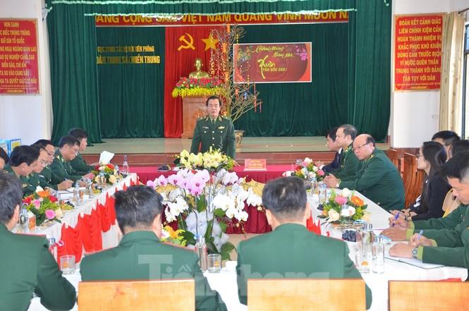 Tư lệnh Biên phòng thị sát tuyến biên giới Gia Lai - ảnh 1