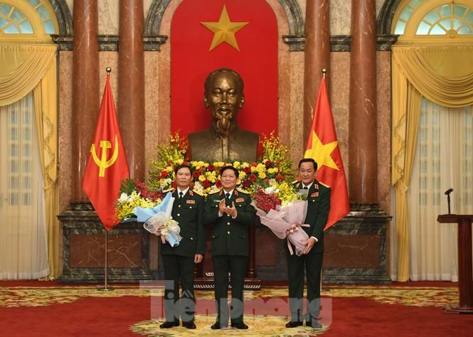 Hai Thứ trưởng Quốc phòng được thăng quân hàm Thượng tướng  - ảnh 2