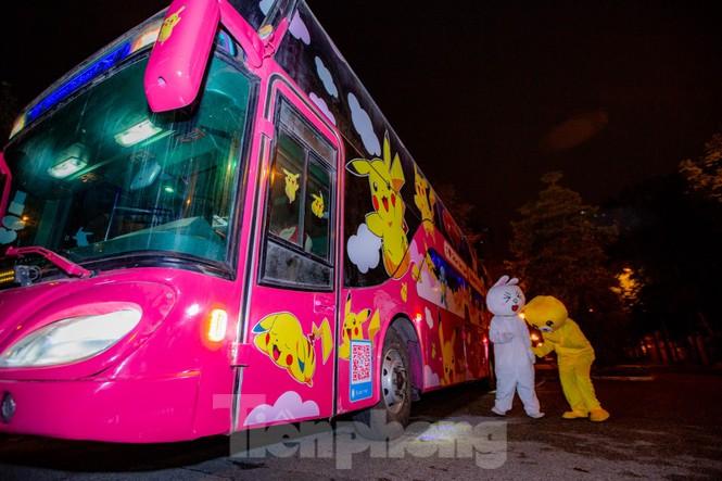 Kỳ lạ quái thú 'Pokémon' xuất hiện trên xe khách tình nhân đi SaPa - ảnh 5