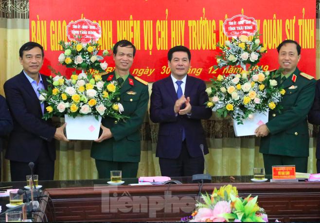 Chỉ huy trưởng Quân sự Thái Bình được thăng hàm Thiếu tướng - ảnh 1