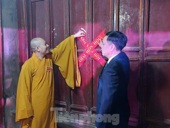 Khai hội ngôi chùa cổ có gác chuông bằng gỗ cao nhất Việt Nam - ảnh 6