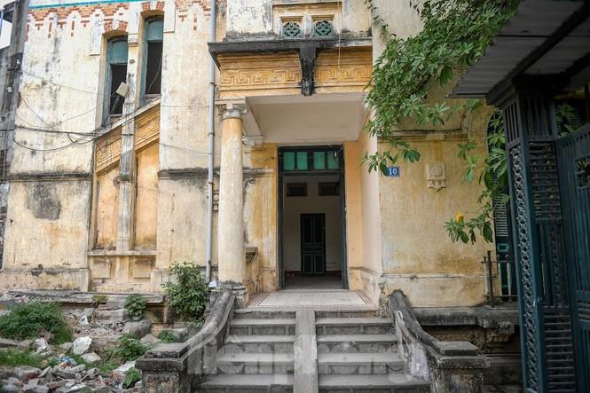 Báo cáo Thủ tướng việc phá bỏ biệt thự cổ trạm phát sóng Bạch Mai - ảnh 1