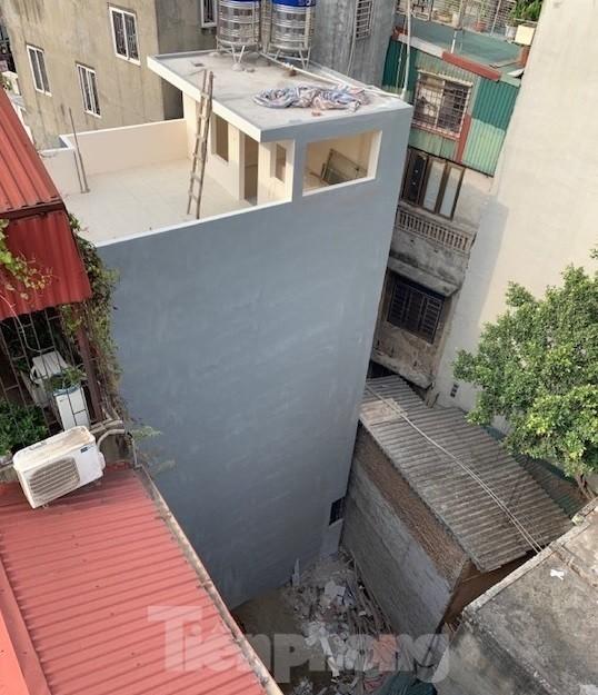 Vụ chết vẫn xác nhận đất đai ở Hà Nội: Thu hồi và phong toả 'sổ đỏ' cấp sai - ảnh 2
