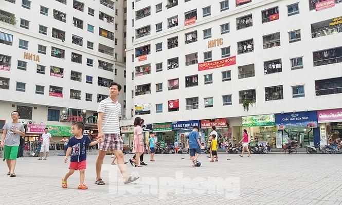 Yêu cầu làm 'sổ đỏ' cho khu chung cư vạn dân ở Hà Nội - ảnh 1
