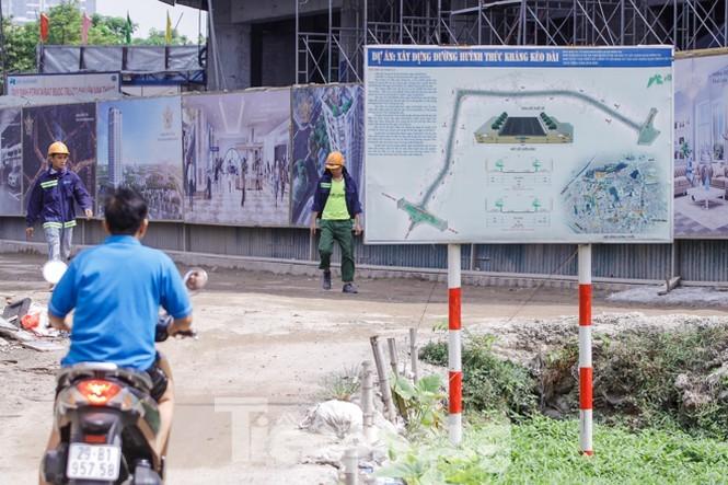 Hà Nội nới tiến độ đường Huỳnh Thúc Kháng kéo dài đến năm 2022 - ảnh 1