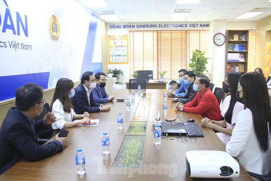 Samsung Việt Nam hiến máu hưởng ứng chương trình Chủ nhật Đỏ - ảnh 2