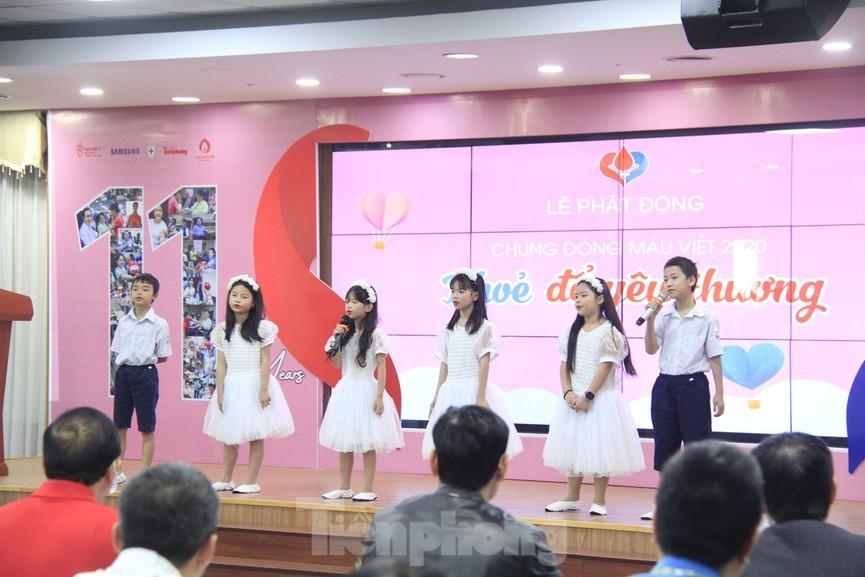 Samsung Việt Nam hiến máu hưởng ứng chương trình Chủ nhật Đỏ - ảnh 4
